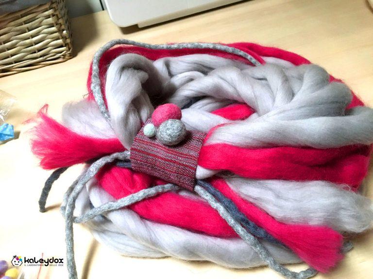 scaldacollo in lana merinos tinta a mano